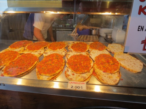 Lahmacun - meat pizza in Istanbul